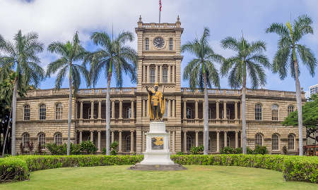 King Kamehameha I Statue at Hawaii Supreme Court Building in Honolulu